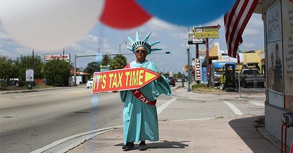 Taxes | Joe Raedle/Getty Images