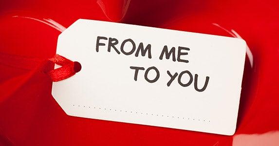 The gift shifter © nikkytok/Shutterstock.com