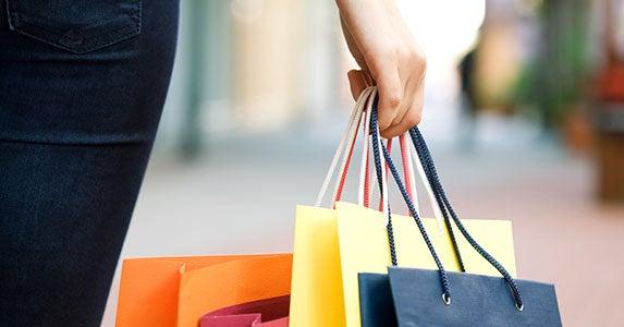 Shop all year | Anatoly Tiplyashin/Shutterstock.com