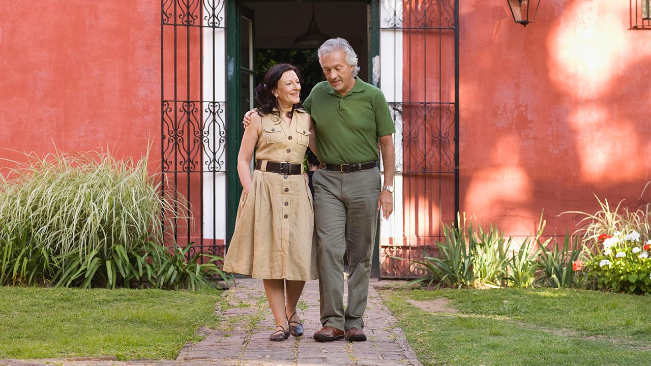 Request a reverse mortgage loan | Jupiterimages/Getty Images
