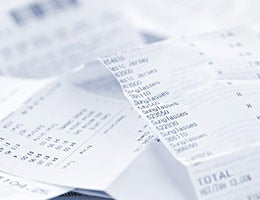 Forgetting to keep your receipts © Elena Elisseeva/Shutterstock.com