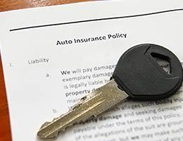 Car insurance © zimmytws/Shutterstock.com