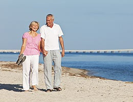 Retirees © Darren Baker/Shutterstock.com