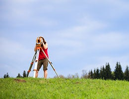 Outdoor jobs come in many shapes, sizes © l i g h t p o e t/Shutterstock.com