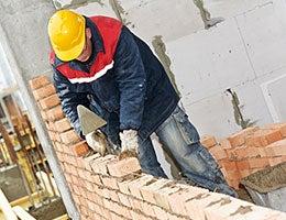 Masons see growth in physically demanding jobs © Dmitry Kalinovsky/Shutterstock.com