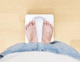 Weight © kai keisuke/Shutterstock.com