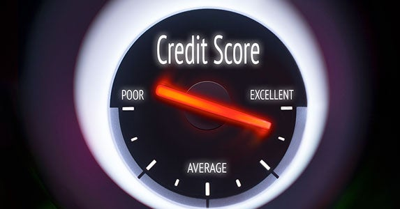 Strengthen your credit score © Duncan Andison/Shutterstock.com