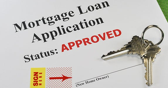 Lending standards loosen up © BKMCphotography/Shutterstock.com