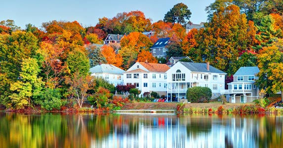What can we expect from the housing market this fall? © iStock
