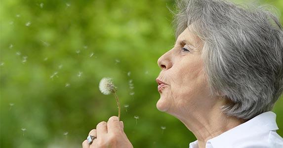 No. 3: Your spouse dies | RuslanGuzov/Shutterstock.com