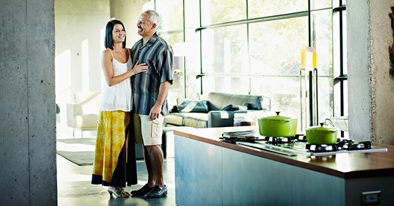 Retire a regular mortgage with a reverse mortgage? | Thomas Barwick/Shutterstock.com