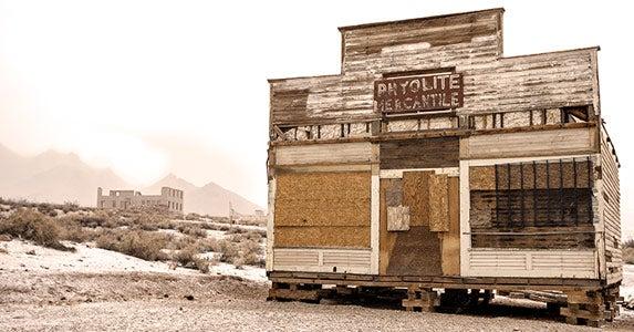 8 eerie ghost towns © Ovidiu Hrubaru/Shutterstock.com