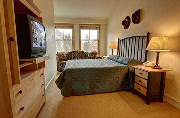 5 affordable homes in popular vacation spots for Keystone colorado cabins
