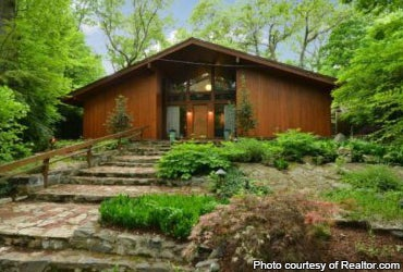 6 homes for sale designed by famous architects for Dogtrot modular homes
