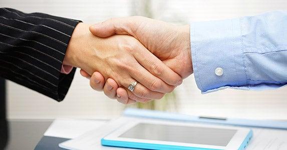 5. Negotiate a fallback plan   iStock.com/BernardaSV