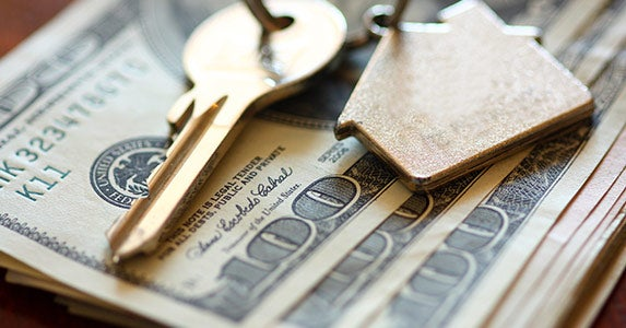 Using entire savings on the down payment © iStock