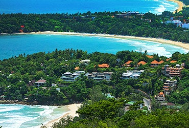 Cheap rentals around the world © jeep2499/Shutterstock.com