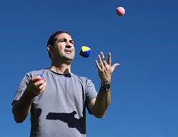 Juggling (finances) Jerry © ChameleonsEye/Shutterstock.com