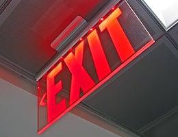 Develop an exit plan © fmua/Shutterstock.com