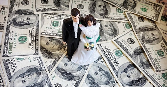 What are spousal benefits and widow benefits? © zimmytws/Shutterstock.com