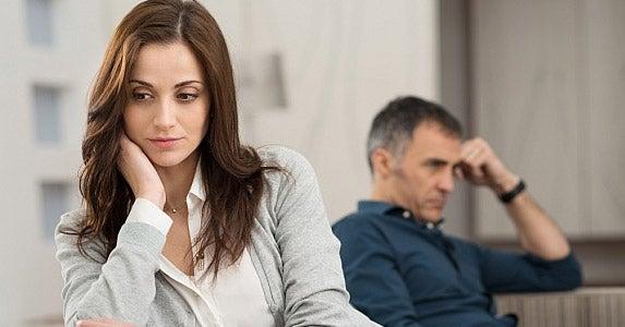 A reward for delaying divorce © Rido/Shutterstock.com/Shutterstock.com