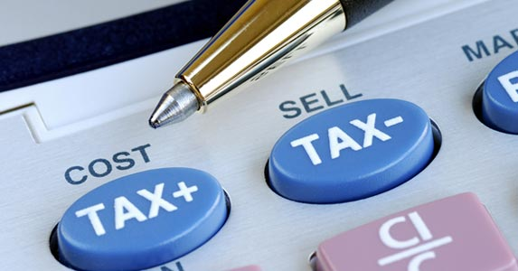 How much can you really save on taxes? © JohnKwan/Shutterstock.com