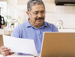 Household bills © Monkey Business Images/Shutterstock.com
