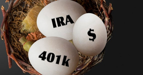 Contribute to a retirement account | iStock.com/mj0007