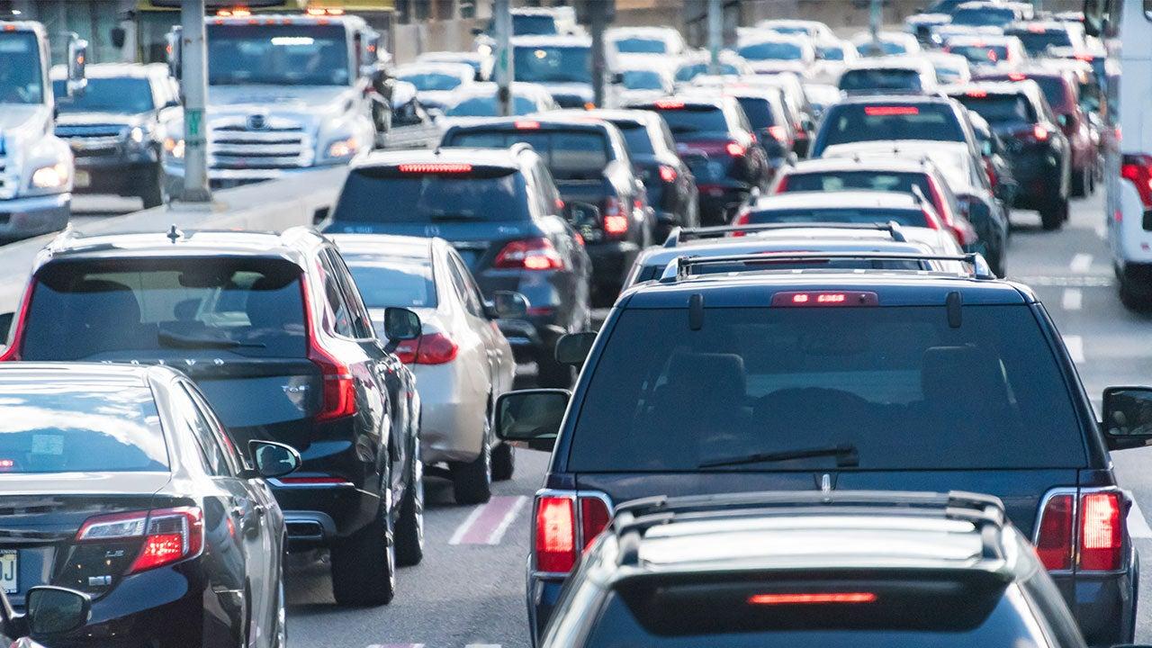 Consider a car loan before rates jump | Roberto Machado Noa/Getty Images