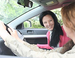 Keep costs down in a sharing economy © maradonna 8888/Shutterstock.com