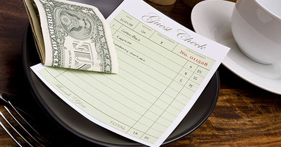Take the confusion out of tipping © Brian A Jackson/Shutterstock.com