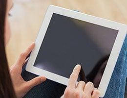 Tech gadgets © wavebreakmedia/Shutterstock.com