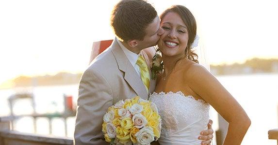 5 ways to save on wedding © iStock