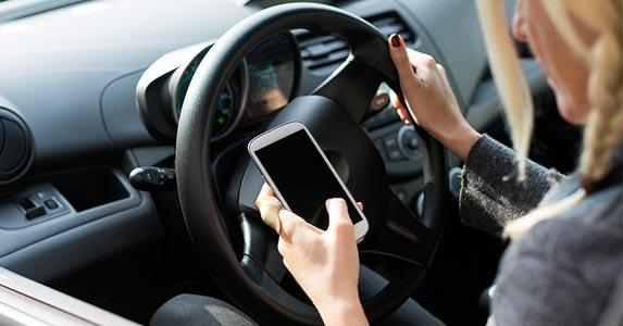 Smartphones can be dangerous © iStock