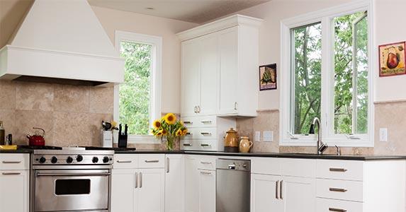 Kitchen nip/tuck © eurobanks/Shutterstock.com