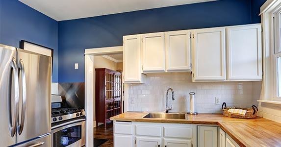 Use classic colors © Artazum/Shutterstock.com