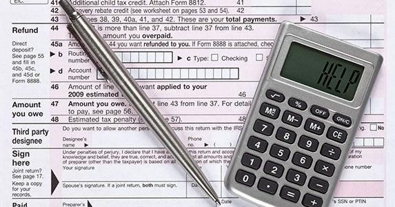 Afraid I can't do my taxes myself © iStock