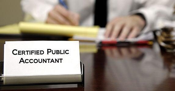 Certified public accountant © Lane V. Erickson/Shutterstock.com