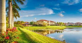 Suburb in South Florida | THEPALMER/Getty Images