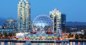 Vancouver at night © Dan Breckwoldt/Shutterstock.com