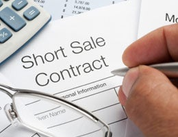Benefits of buying short sales